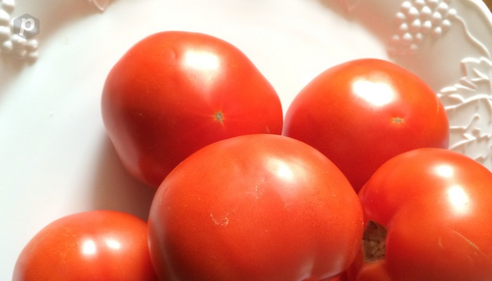 Organic Tomatoes from KC's Botanical Garden Now Available at Select KC Stores