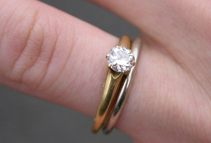 Engage with the right jeweller