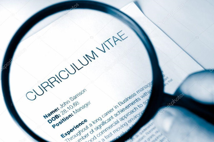 Helpful Ways on How to write a professional student CV