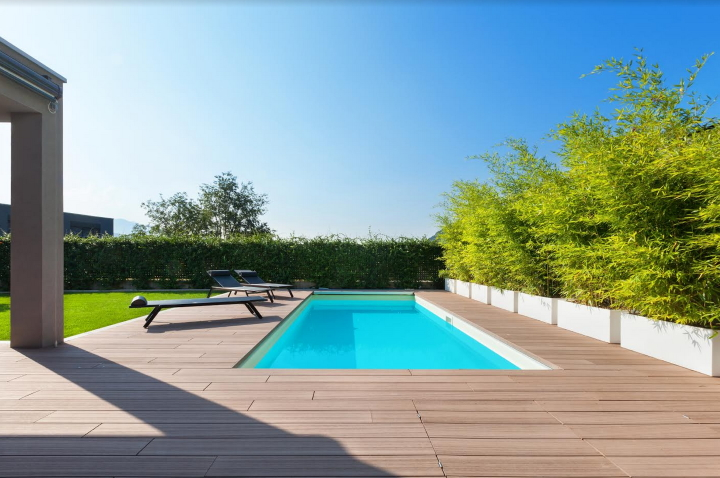 Everything you need to know before choosing a lap pool