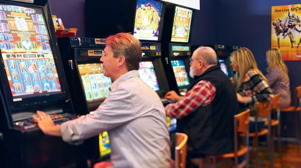 Club pokies controversy over gambling