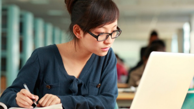 5 Benefits of Studying Online